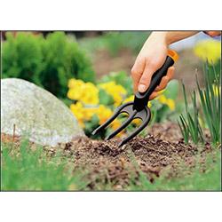 Fiskars Bahçe Ayıklama Tırmığı