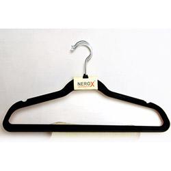 Kadife 4'lü Elbise Askısı - Siyah