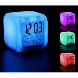 Ofine Renk Değiştiren Alarmlı Dijital Saat