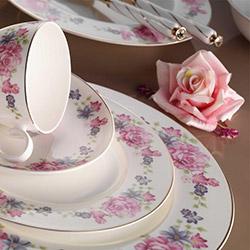 Kütahya Porselen Bone China 25138 84 Parça Yemek Takımı