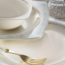 Kütahya Porselen Bone Mare 30 Parça 9837 Desenli Yemek Takımı