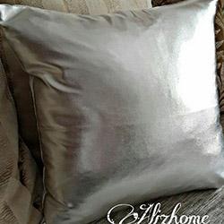 Aliz Parlak Kırlent Kılıfı (Gümüş) - 40x40 cm